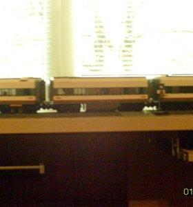 LEGO поезд на пульте управления