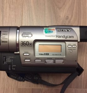 VIDEO CAMERA RECORDER SONY CCD-TR617E