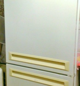 Холодильник 2-х камерный Stinol