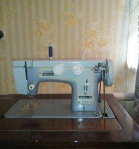 Машинка швейная Чайка 3