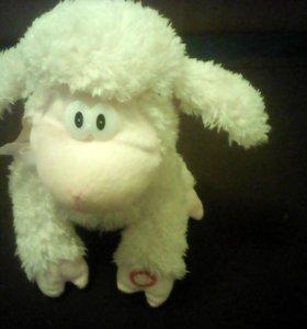Игрушка овечка музыкальная танцует, машет ушами
