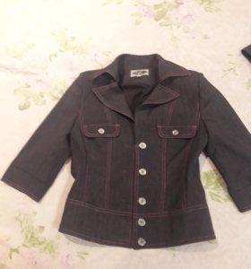 Пиджак для школьниц.