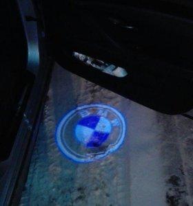 Подсветка двери BMW