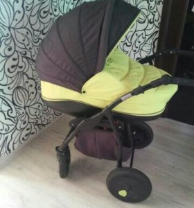 Детская коляска Zippy, в подарок ванночка