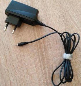 Зарядное устройство Nokia AC-8E