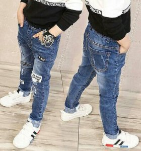 Модные джинсы 140 размер.