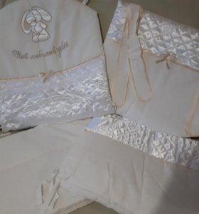 Новый комплект в детскую кроватку, в упаковке