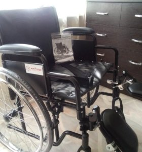 Коляска инвалидная.