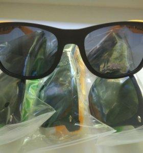 Очки солнцезащитные (брендовые)