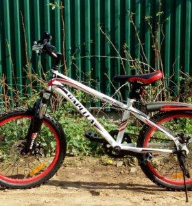 Велосипед(НОВЫЙ) подростковый