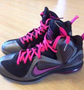 Баскетбольные кроссовки Nike LeBron IX Miami Night