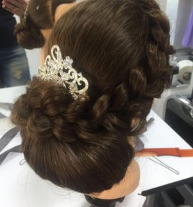 Услуга мастера по плетению кос и причёсок