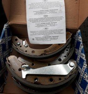 Тормозные колодки 000 584-SX