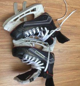 Хоккейные коньки Bauer x600