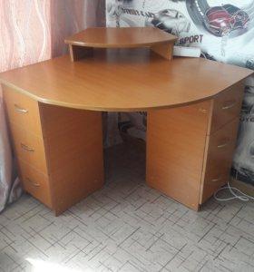 Продам ученический стол