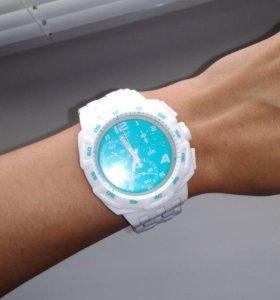 Часы Swatch унисекс