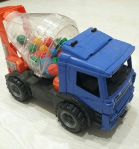 Машинка-миксер