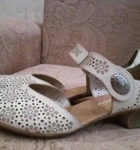 Босоножки-туфли