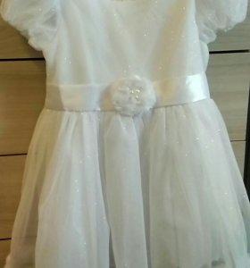 Платье на возраст от 3 до 5 лет.