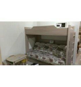 Двухярусная кровать с диваном