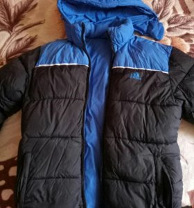 Куртка зимняя б/у оригинал адидас