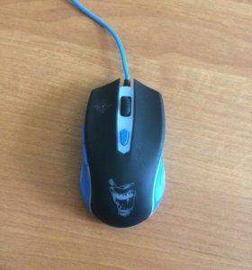 Игровая мышка : Qumo Gamer