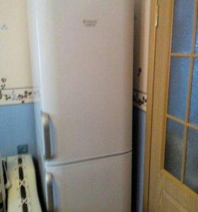Продам холодильник Hotpoint Ariston rmba 1200