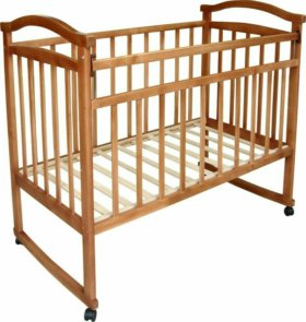 Срочно продам  детскую деревянную кроватку
