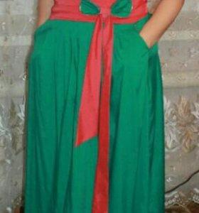 Платье красивое в пол