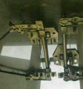 Два задних стеклоподьемника ВАЗ 2109-2115