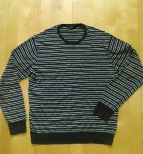 Мужской свитер даром