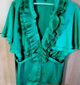 Красивая зеленая блузка на лето
