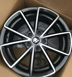 Комплект колес диски+резина