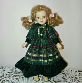 Милая интерьерная фарфоровая куколка, Англия!