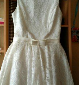 Платье для торжественных мероприятий!