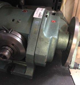 Делительная головка УДГ-200