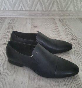 Мужские кожаные туфли новые