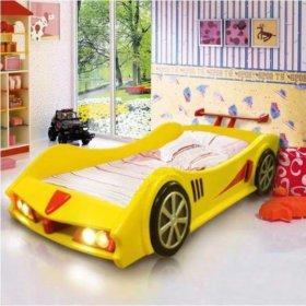 Кроватка детская. Машина в оригинальном исполнении