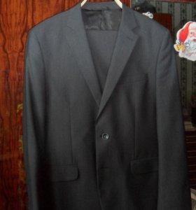Продам костюм