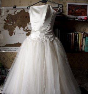Платье с корсетом молочно-белого цвета, р. 44-48