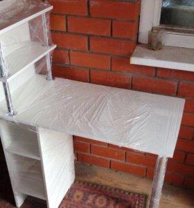 Маникюрный стол. Новый!
