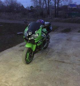 Kawasaki zx9r 2003