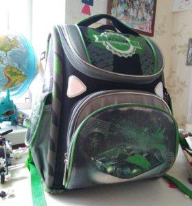 Продам ортопедический школьный рюкзак