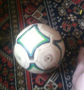 Оригинальный футбольный мяч