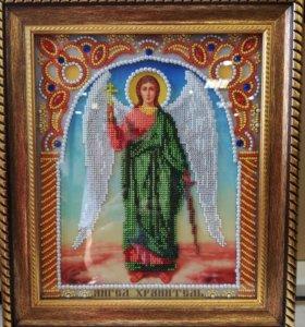 Икона(Ангел Хранитель) вышитая бисером