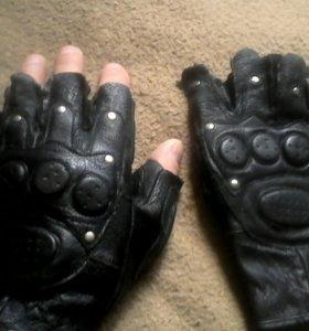 Перчатки кожаные для активного SPORT.