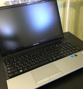 Ноутбук Samsung 305E5A-S09