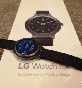 Смарт часы LG Watch Style Titan W270