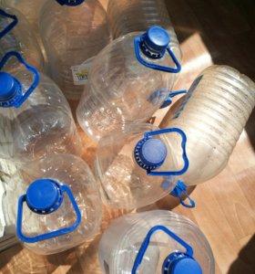 Бутылки пластиковые 15 шт