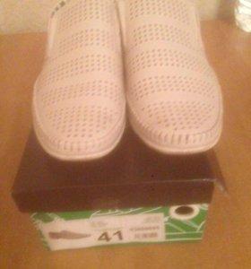 Туфли мужские дышащие новые